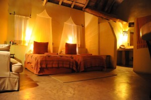 Sunway Botswana Maun Croc Camp room a (Bruce Taylor) (Medium)