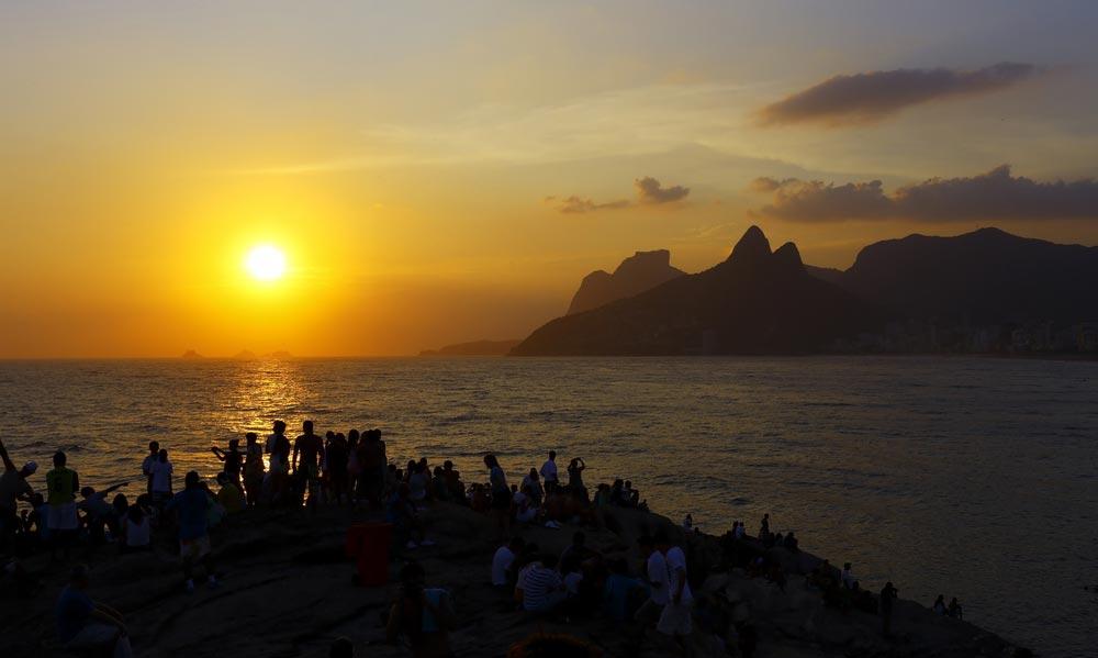 רומנטי. חוף ארפואדור בריו, ברזיל